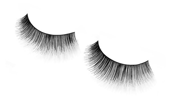 Andrea Strip Lashes Style 82 ripsmekaared must