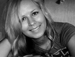 Eva Prüüs tellib läätsed Läätsed.com veebipoest